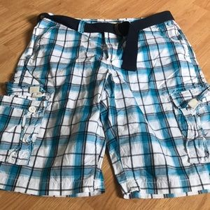 Urban Pipeline Men's cargo shorts size 32